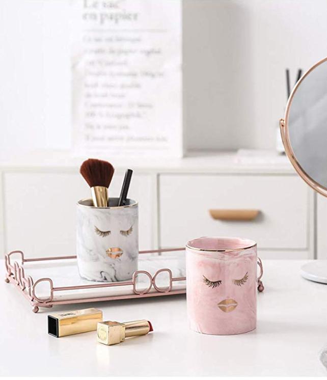 marble-makeup-holder